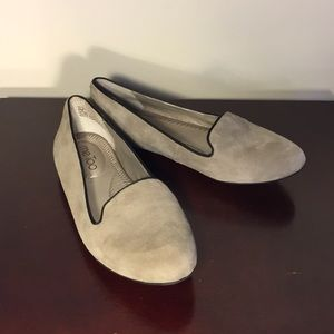 Light Gray Suede Loafer Flats (Size 6)